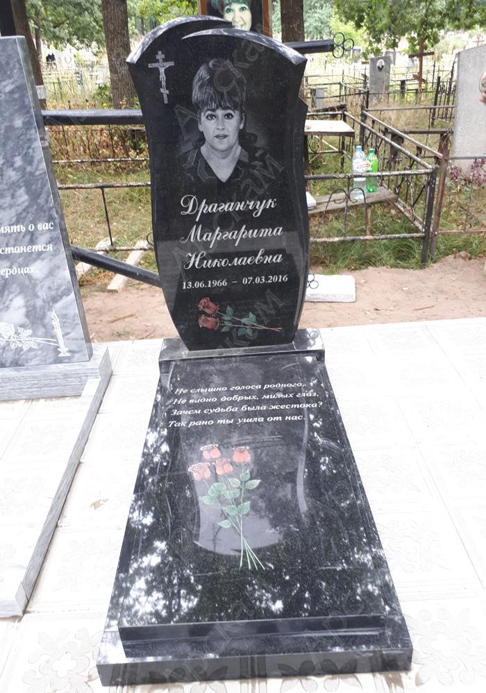 Гранитные памятники на могилу фото воронеж памятники на могилу ульяновск цены ц салехарде